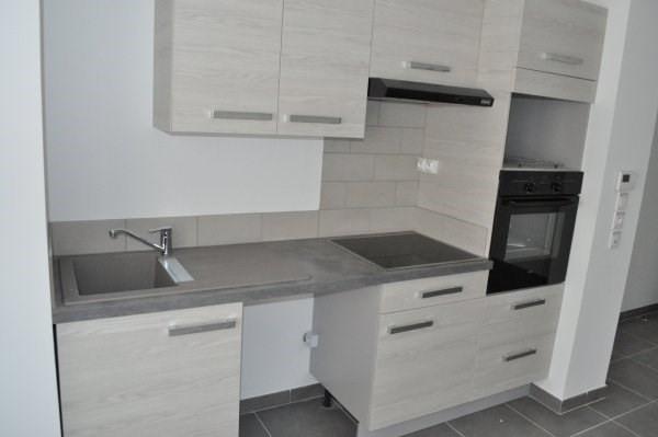 Location appartement Marseille 5ème 690€ CC - Photo 2