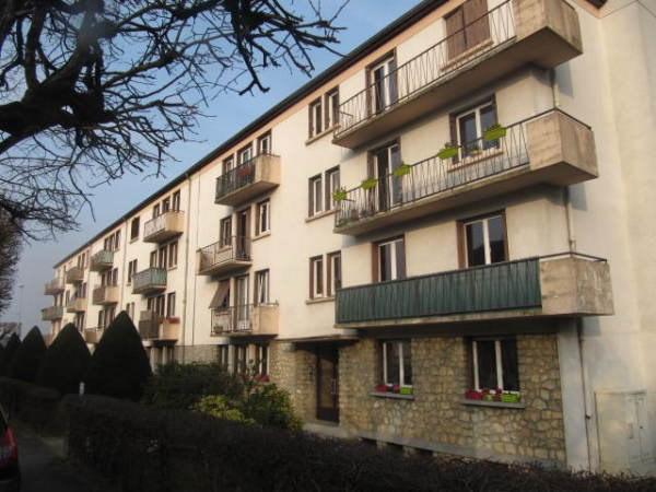 Rental apartment La ferte alais 820€ CC - Picture 2