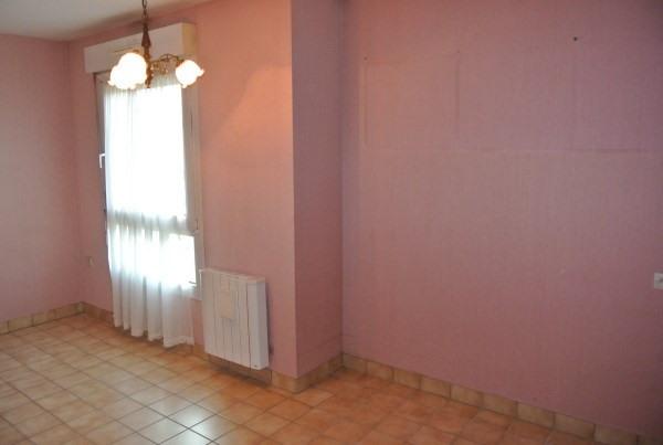 Rental apartment Saint romain de jalionas 685€ CC - Picture 5