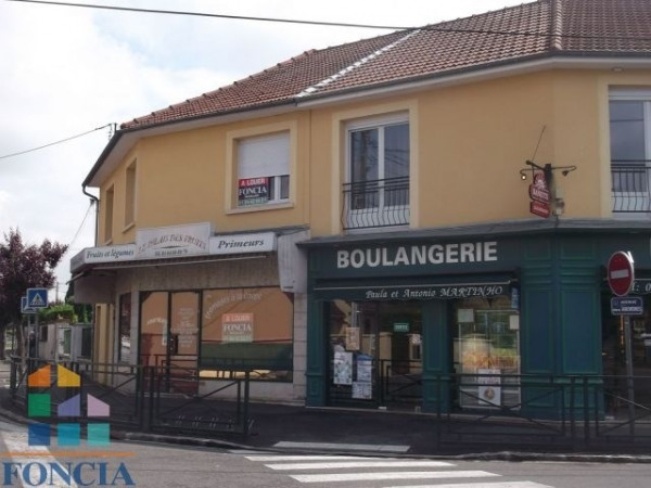 Location Local commercial Pontault-Combault 0