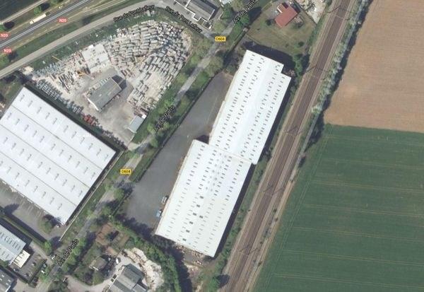 Location Local d'activités / Entrepôt Angerville 0