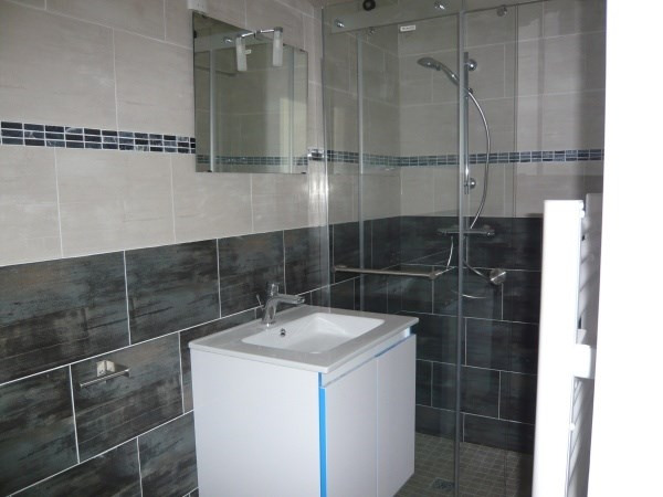 Rental apartment Porcieu amblagnieu 320€ CC - Picture 3