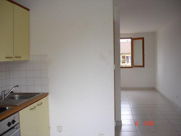 Rental house / villa Hieres sur amby 445€ CC - Picture 2