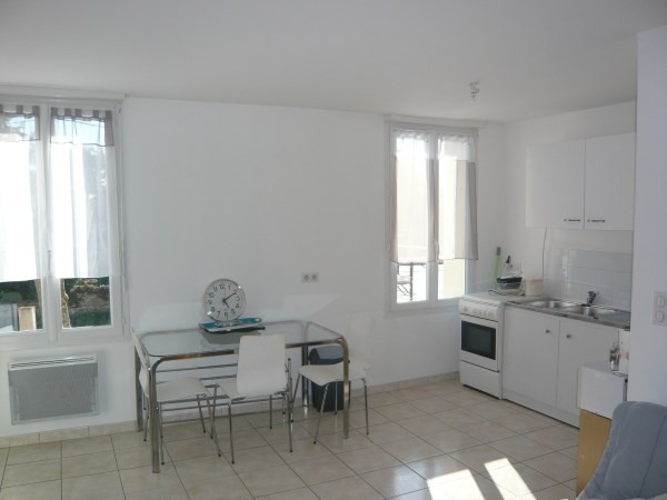 Rental apartment Villemoirieu 445€ CC - Picture 2