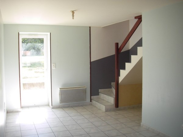 Location maison / villa Montalieu vercieu 550€ CC - Photo 3