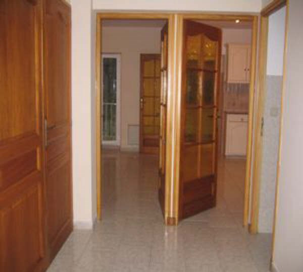 Alquiler  apartamento Salon de provence 815€ CC - Fotografía 6