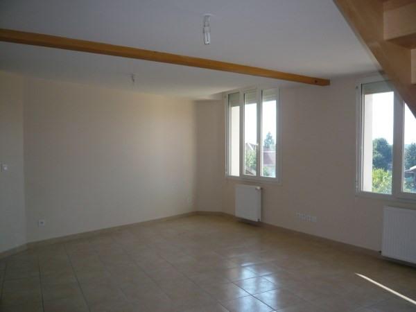 Rental apartment Chamagnieu 694€ CC - Picture 2