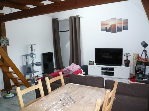 Location appartement Cremieu 480€ CC - Photo 3
