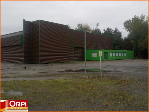 Location Local commercial Saint-Victor 0