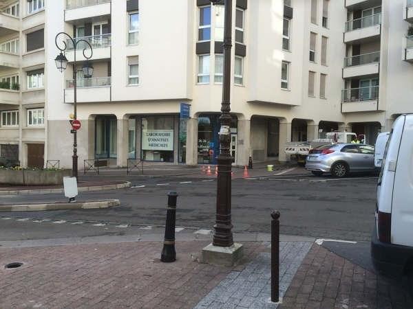 Location Local commercial Saint-Cloud 0