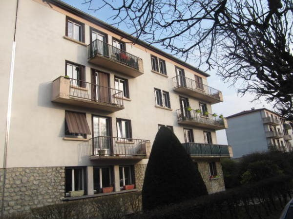 Rental apartment La ferte alais 820€ CC - Picture 1