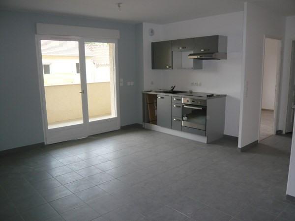 Rental apartment Cremieu 665€ CC - Picture 2