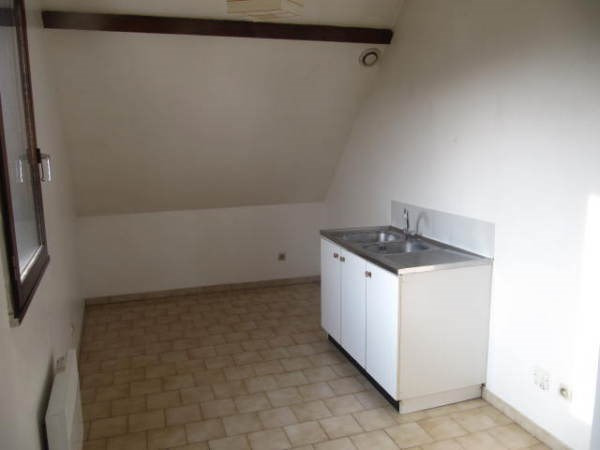 Rental apartment La ferte alais 513€ CC - Picture 3