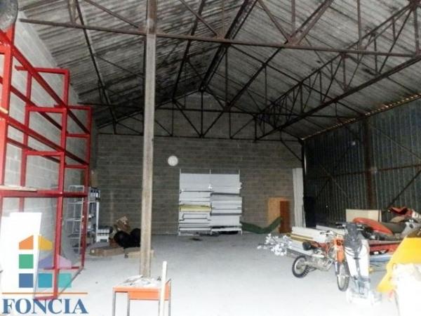 Location Local d'activités / Entrepôt Luisant 0
