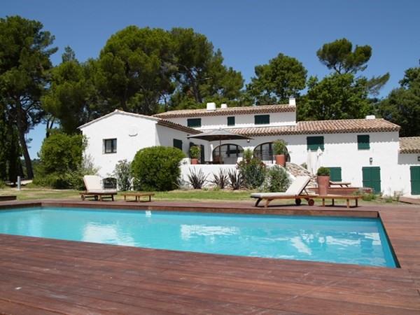 Location maison / villa Aix en provence 4660€ CC - Photo 1