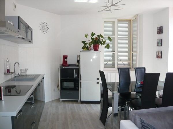 Rental apartment Cremieu 547€ CC - Picture 1