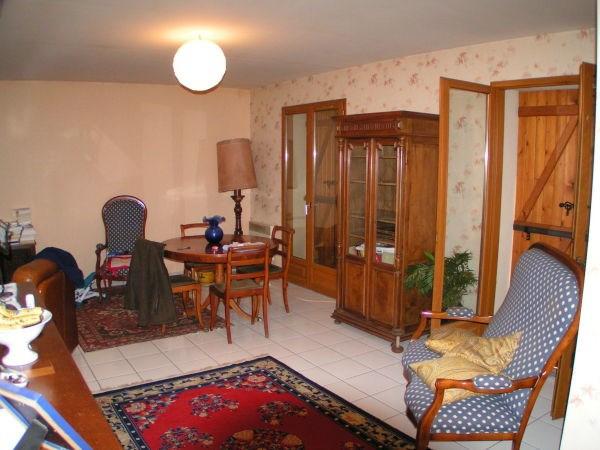 Rental house / villa Chozeau 925€ CC - Picture 2
