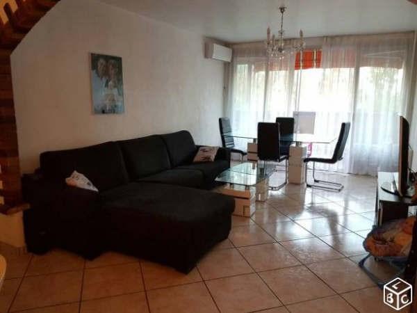 Sale apartment La garde 200000€ - Picture 1