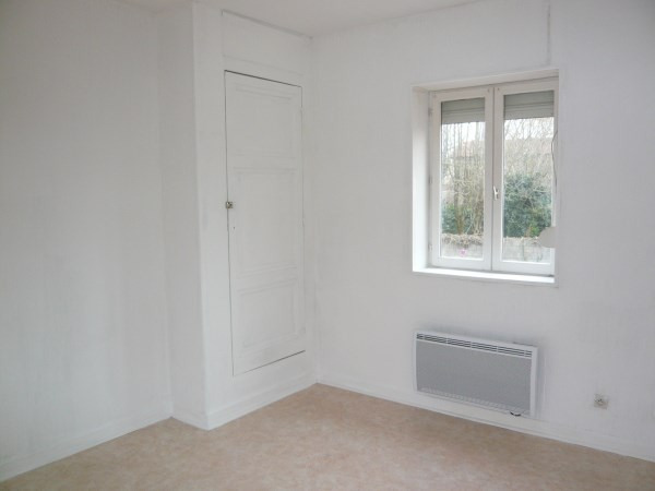 Rental apartment Pont de cheruy 460€ CC - Picture 3