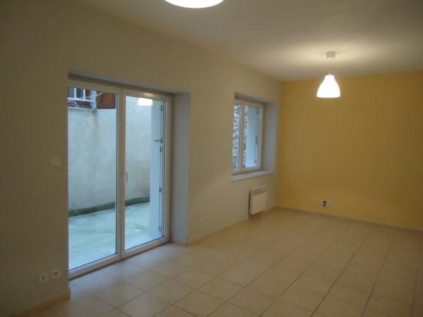 Location appartement Cerdon 365€ CC - Photo 1