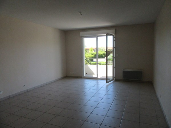 Rental apartment Bouloc 678€ CC - Picture 3