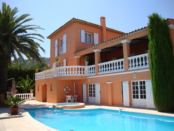 Vacation rental house / villa Golfe juan 5 900€ - Picture 1