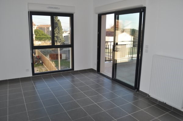 Location appartement Marseille 16ème 720€ CC - Photo 2