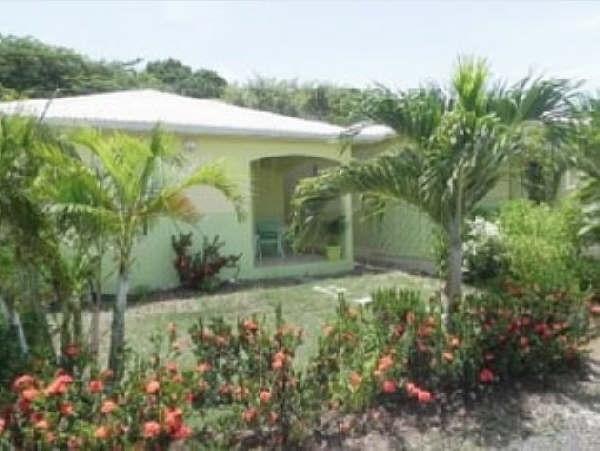Deluxe sale house / villa Saint françois 630000€ - Picture 8
