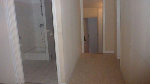 Location appartement Janville sur juine 890€ CC - Photo 2