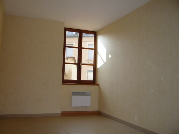 Rental apartment Bourgoin jallieu 445€ CC - Picture 5