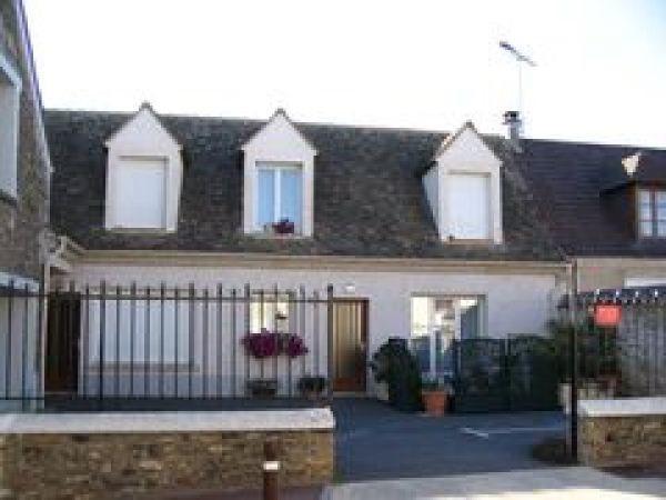Location appartement Saint vrain 840€ CC - Photo 1