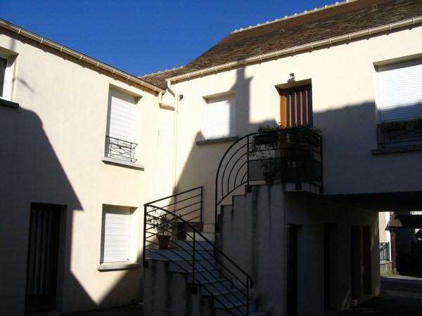 Rental apartment Saint vrain 908€ CC - Picture 1
