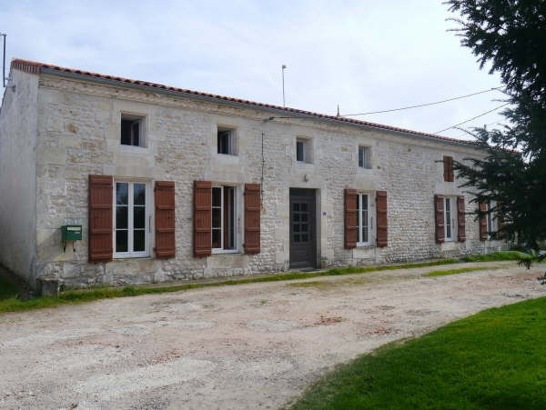 Sale house / villa Cozes 199 500€ - Picture 1