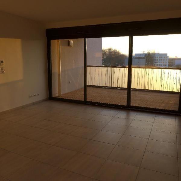 Rental apartment Lyon 9ème 898€ CC - Picture 2