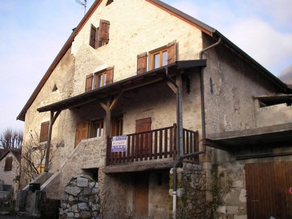 Location maison / villa Talissieu 695€ CC - Photo 2