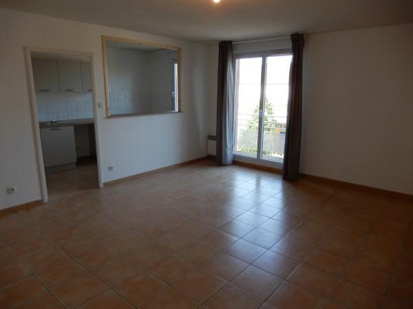 Rental apartment Pont de cheruy 690€ CC - Picture 2