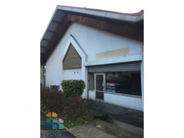 Location Local commercial Montmagny 0