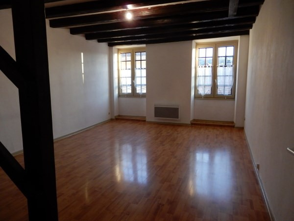 Location appartement Cremieu 475€ CC - Photo 2