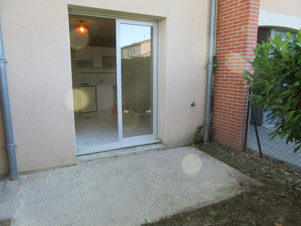 Rental apartment Toulouse 376€ CC - Picture 1