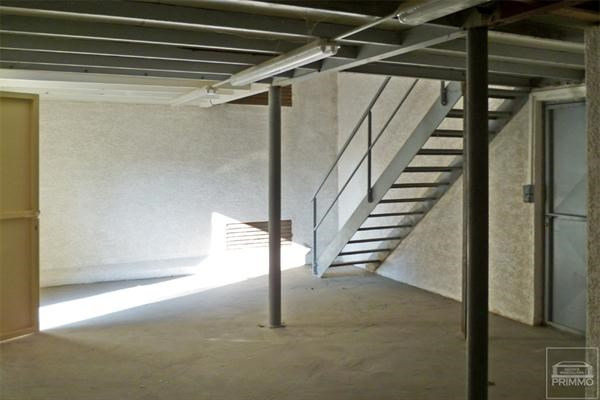 Rental empty room/storage Neuville sur saone 470€ CC - Picture 1