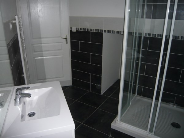Rental apartment Cremieu 520€ CC - Picture 4