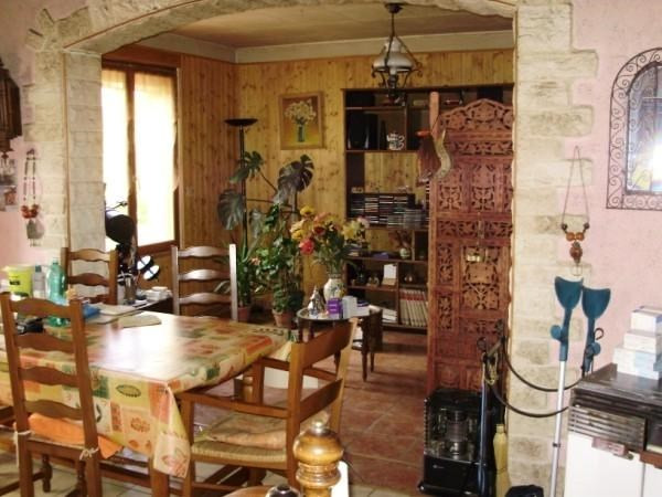 Sale house / villa Loulay 149800€ - Picture 3