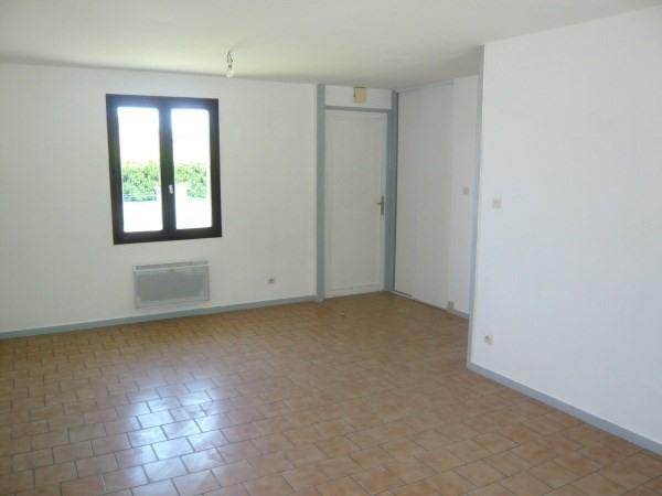 Location maison / villa Pont de cheruy 835€ CC - Photo 4
