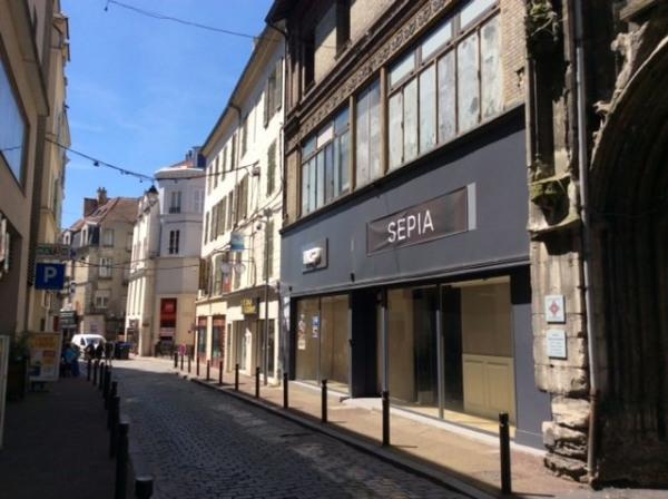 Location Boutique Meaux 0
