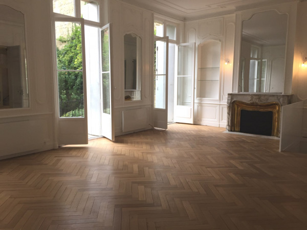 Bordeaux Saint seurin - bel appartement T4 avec jardin