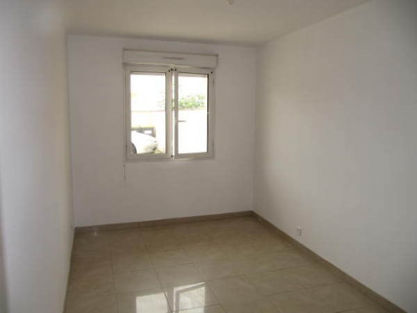 Location appartement Le plessis pate 815€ CC - Photo 3