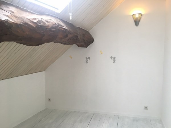 Location maison / villa Trept 580€ CC - Photo 5