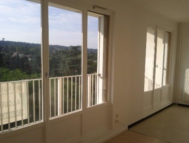 Location appartement Neuville sur saone 577€ CC - Photo 1