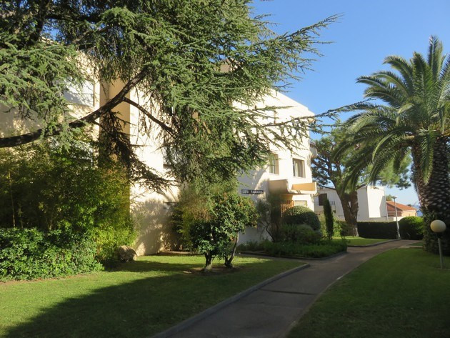 Vacation rental apartment Bandol 590€ - Picture 1