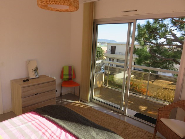 Vacation rental apartment Bandol 590€ - Picture 8